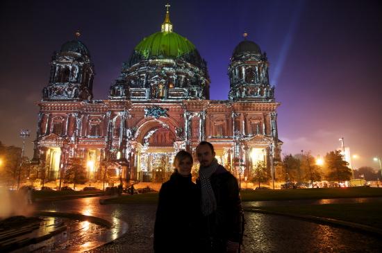 Diana og Dan foran Berliner Dom