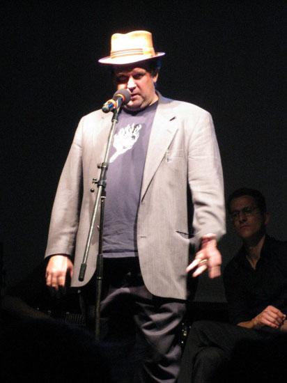 En af grundlæggerne bag poetry slam, Gary Glasner, fra Bowery Poetry Club i New York