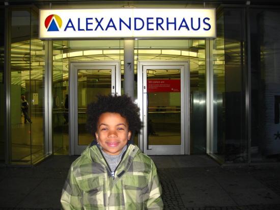 "Alexander foran hans hus ""Alexanderhaus"""