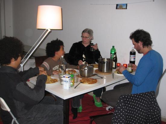 Aftensmad hjemme i lejligheden
