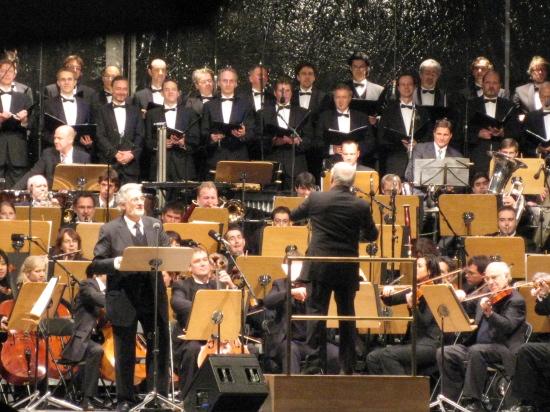 Placido Domingo i fuld gang med at synge