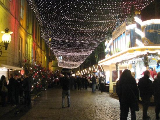 Julemarked ved Under den Linden