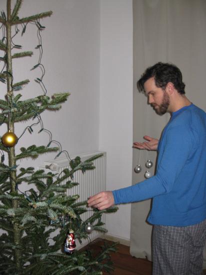 Så pyntes der juletræ